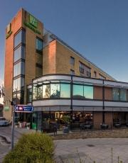 Vista dell'hotel Holiday Inn Brentford Lock